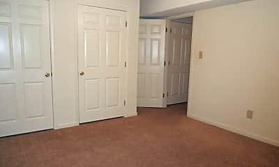 Bedroom, 210 E Cloverhurst Ave, 2