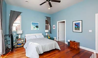 Bedroom, 4936 N Lincoln Ave, 2