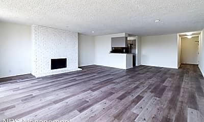 Living Room, 110 Hurricane St, 0