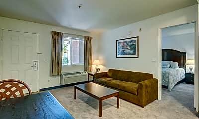 Living Room, 4240 Boulder Hwy, 2