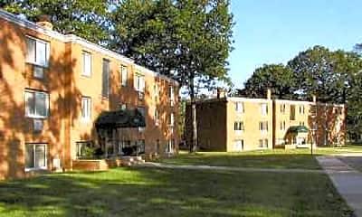 Courtyard, Brookside Oval/Brookside Way, 2