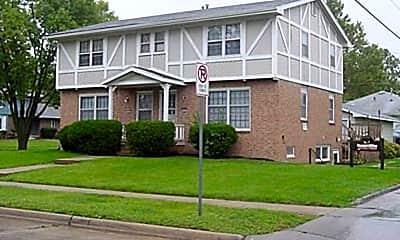 Building, 3947 E 23rd St, 2