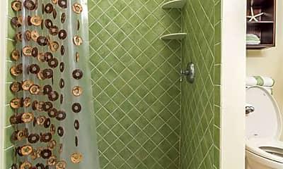 Bathroom, 1913 Hill St, 2