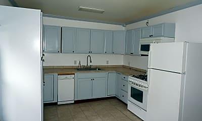 Kitchen, 232 Winslow St, 1