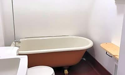 Bathroom, 1405 SW Park Ave, 0