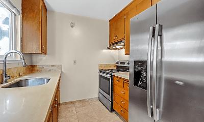 Kitchen, 4542 San Carlos Ave, 1