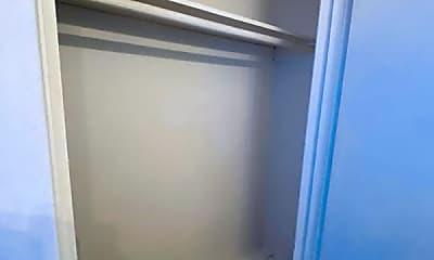 Bathroom, 3619 Garrott St, 2