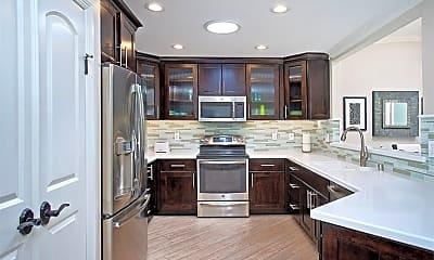 Kitchen, 359 Avenida Castilla A, 1