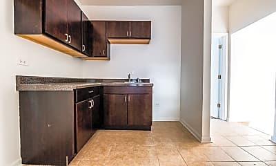 Kitchen, 400 S Laramie Ave, 1