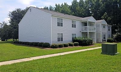 Four Oaks Apartments, 0