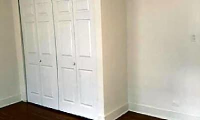 Bedroom, 5033 N Harding Ave, 0