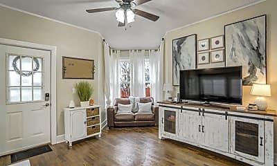 Living Room, 520 W Pikes Peak Ave, 0