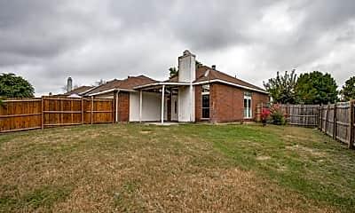 Building, 428 Surrey Pl, 2