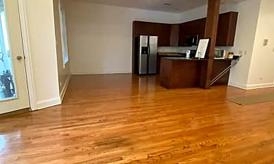 Living Room, 5172 S Michigan Ave, 1