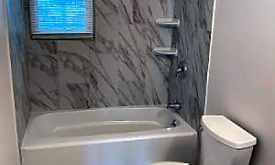 Bathroom, 156 US-46 12, 2
