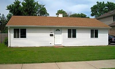 Building, 4916 Oak Center Dr, 0