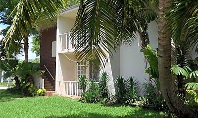 Building, 4895 Ponce de Leon, 1
