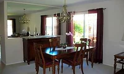 Dining Room, 30823 Mission St, 1