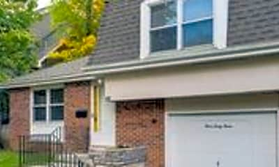 Building, 343 E Maple Ave, 1