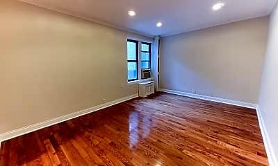 Living Room, 213 Bennett Ave 4-L, 0