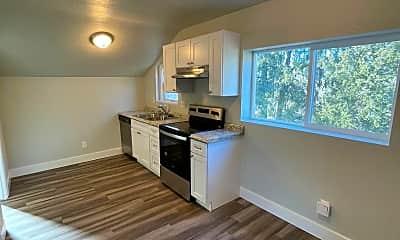 Living Room, 2943 Porter Ave, 1