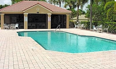 Pool, 907 SE Westminister Place, 1