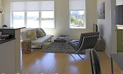 Living Room, 2 Main St, 0