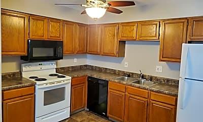 Kitchen, 1002 SE Belmont Dr, 0