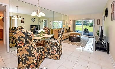 Living Room, 100 Silver Beach Ave, 1