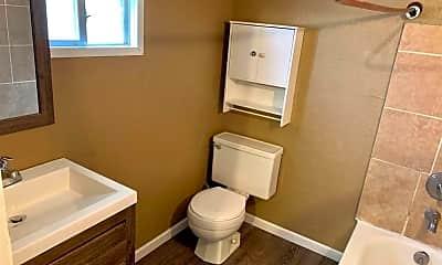 Bathroom, 1304 Joliet St, 2
