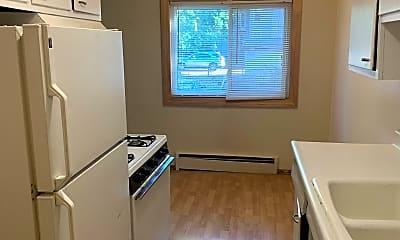 Kitchen, 418 7th St SE, 1