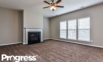 Living Room, 825 Tannerwell Ave, 1