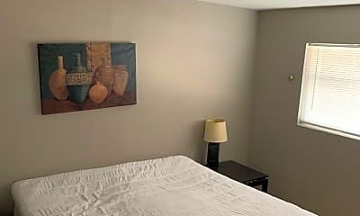 Bedroom, 555 S Royal Crest Cir, 2