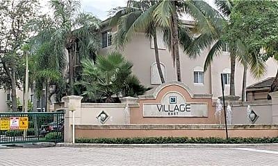 Community Signage, 2005 SE 10th Ave, 1