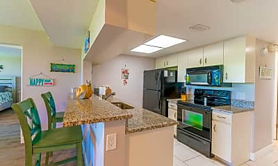 Kitchen, 7400 Ridgewood Ave 107, 1