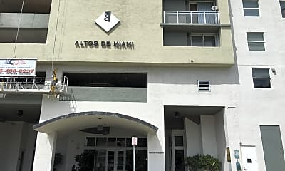 Altos de Miami, 1