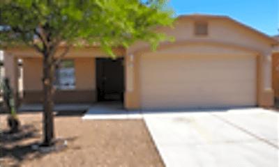 Building, 4413 E Mesquite Desert Trail, 1