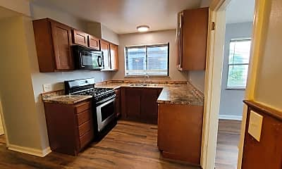 Kitchen, 514 Forest Ave, 1