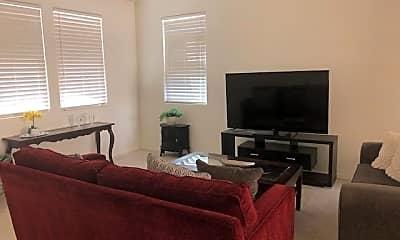 Bedroom, 5630 E Butte St, 1