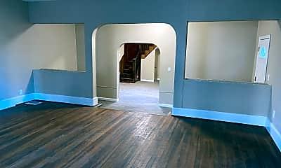 Living Room, 1690 N Main St, 2