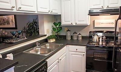 Kitchen, Goldelm at Metrowest, 2