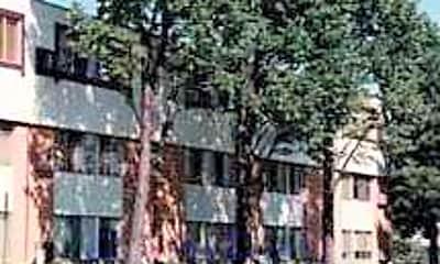 Bronzetree Apartments, 1