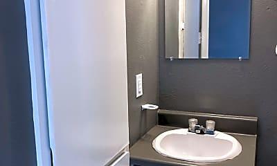 Bathroom, 420 N Gilmer St Apt 6, 2