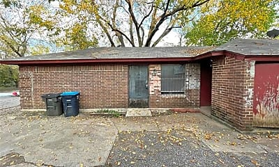 Building, 1324 E Fogg St 1324, 0