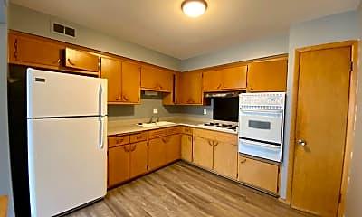 Kitchen, 10416 W Hampton Ave, 2
