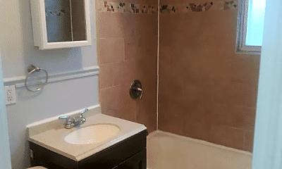 Bathroom, 226 Alexander St, 1