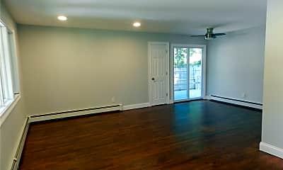 Living Room, 7 Miller Dr, 1