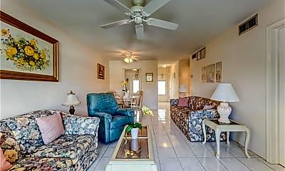 Living Room, 2111 NE 42nd Ct 205W, 0