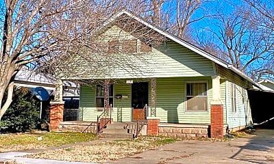 Building, 213 1/2 S Elm St, 0