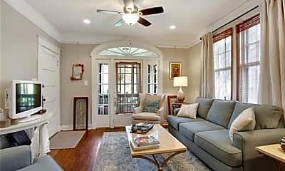 Living Room, 8224 Panola St, 1